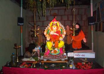 Празднование фестиваля Ганеша Чатурти в Гоа
